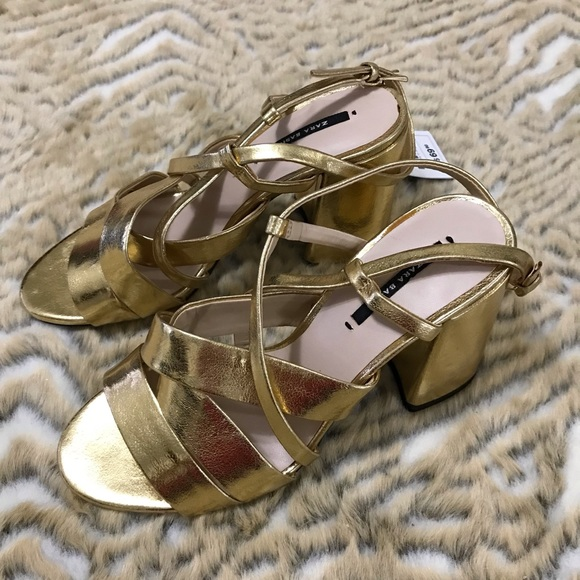 NWT Zara Bassic Heel zib women's gold shoes